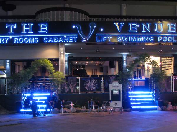 THE VENUE RESIDENCE & CABARET - PATTAYA