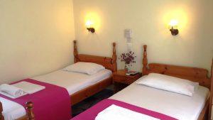 Pansion Eressos kamer met aparte bedden